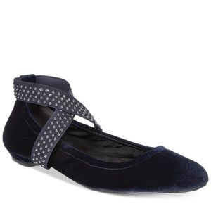 Kenneth Cole Suede Black Ballerina Flats